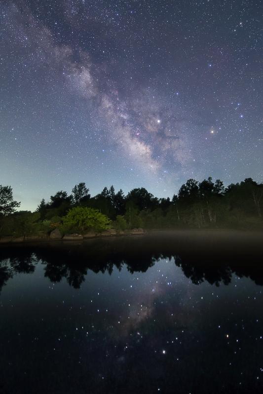 池に映る天の川2B.jpg
