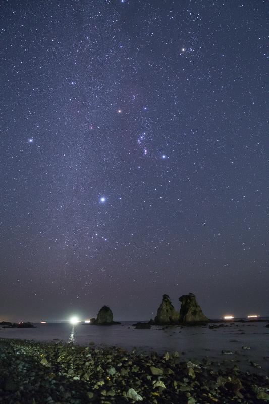 逢ヶ浜にのぼるオリオン座B.jpg