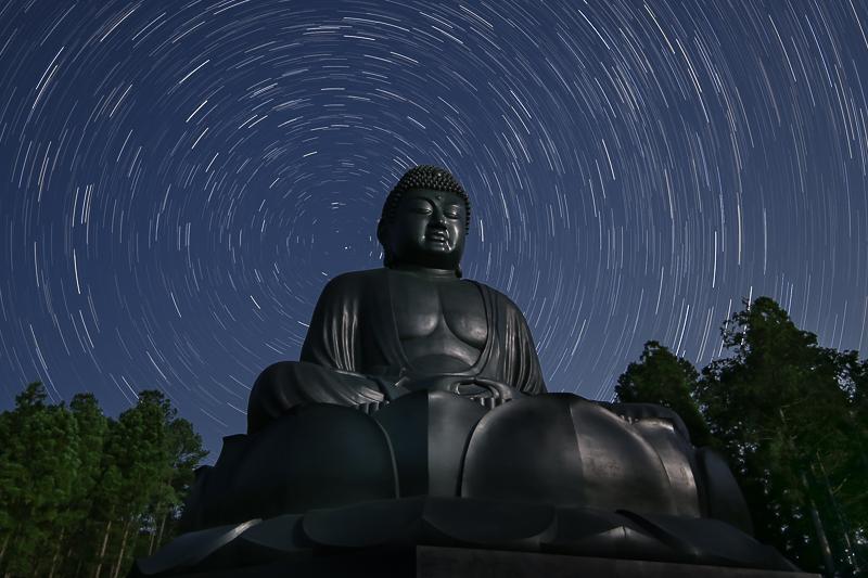 仏様と星空B.jpg