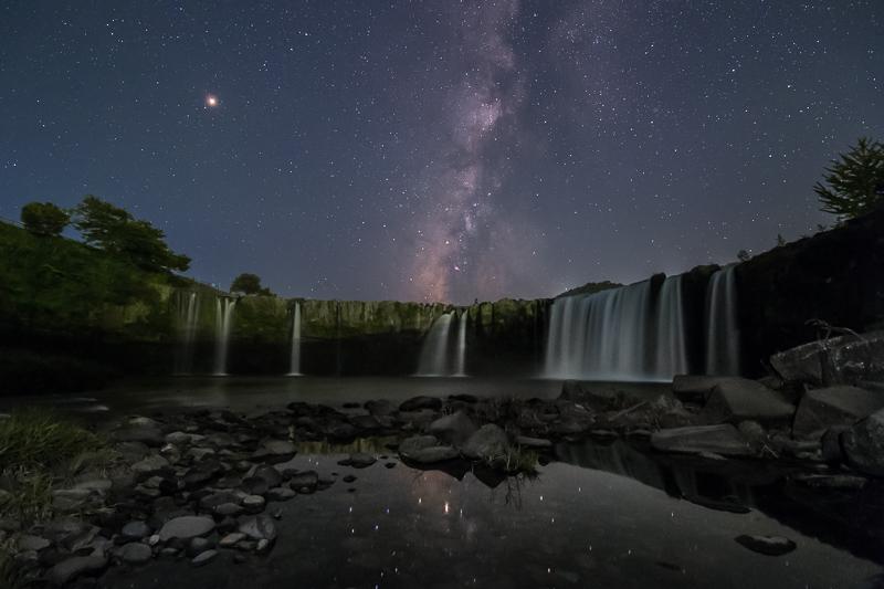 原尻の滝と天の川B.jpg
