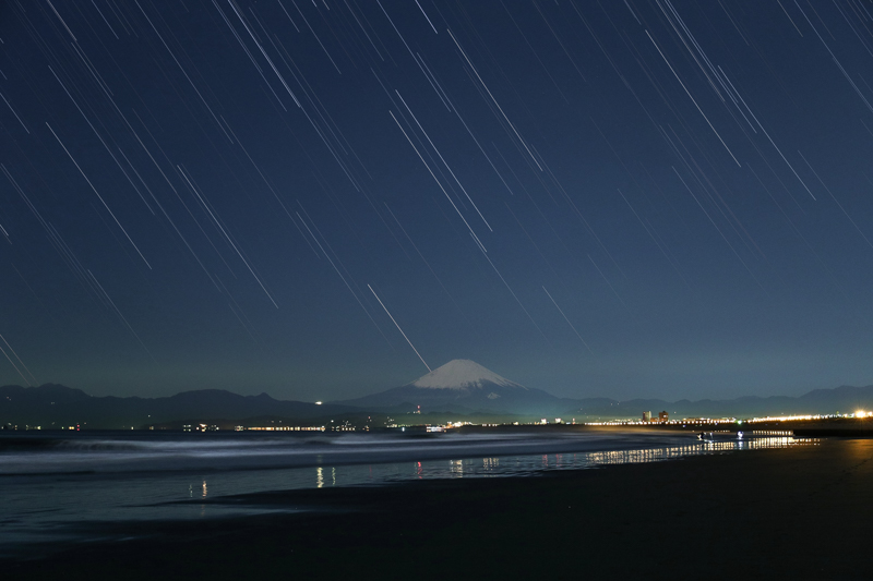 富士と星空~片瀬海岸にてB.jpg
