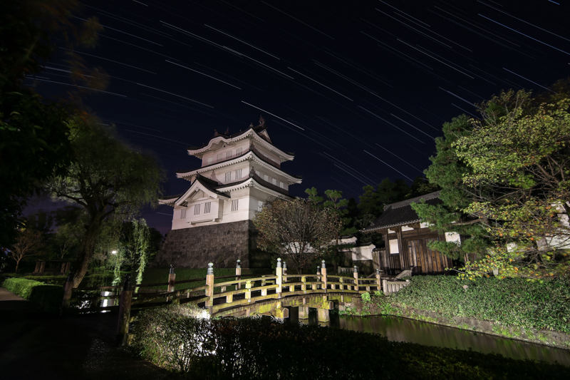 忍城と星空B.jpg