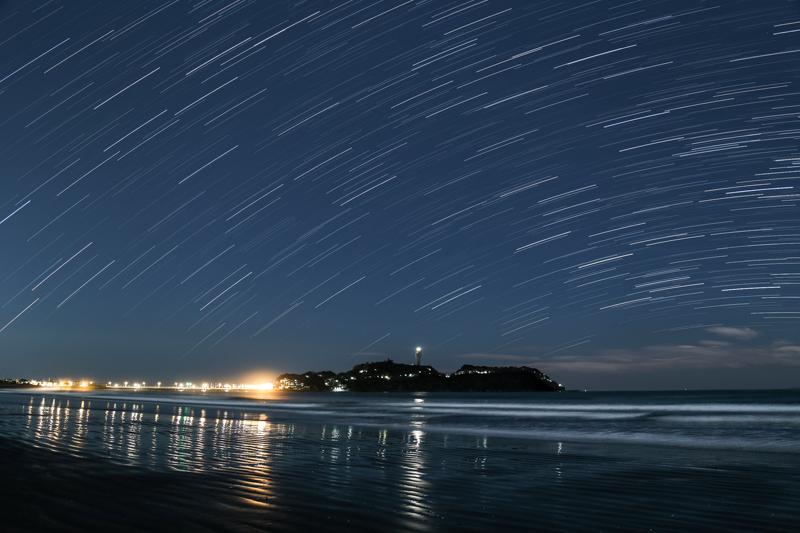 江ノ島と南天の空B.jpg